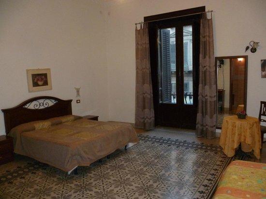 Ruggiero VII : la chambre