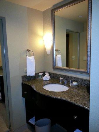 Homewood Suites by Hilton Austin / Round Rock: Bath area