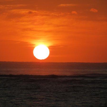 Waipouli Beach Resort: Kauai Sunrise from Unit A107 Walpouli Beach Resort