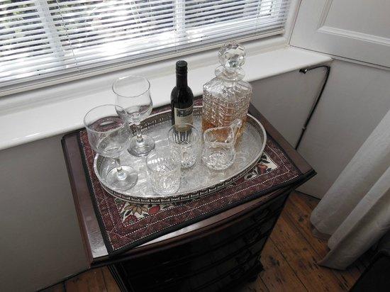 14 Hart Street: Whiskey & wine
