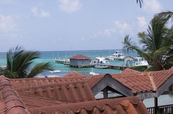SunBreeze Suites: Balcony View, rm T102