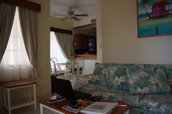 SunBreeze Suites : Sitting Room
