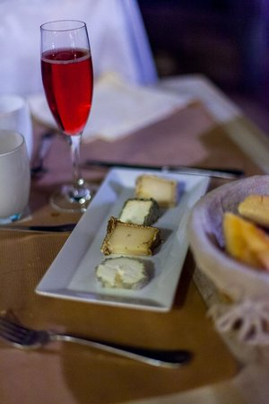 La Gerbe d'Or : Cheese Plate