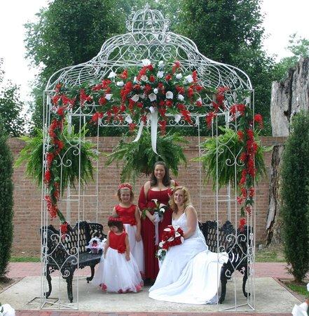 Falcon Manor B & B at Falcon Rest : Beautiful venue for Victorian weddings