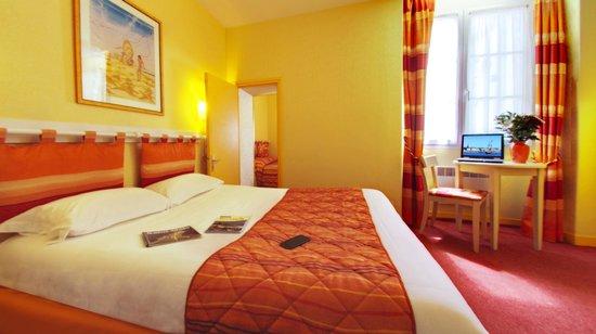 Hôtel Le Nautilus: Chambre familiale 2 pièces communicantes 2 lits doubles