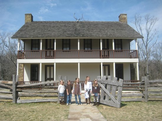 Pea Ridge National Military Park : Elkhorn Tavern