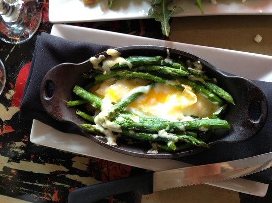 The Rebel House : Asparagus w Parmesan & egg