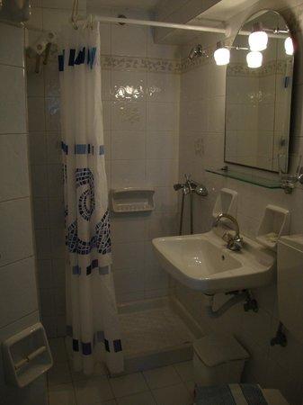 Galini Hotel : Baño