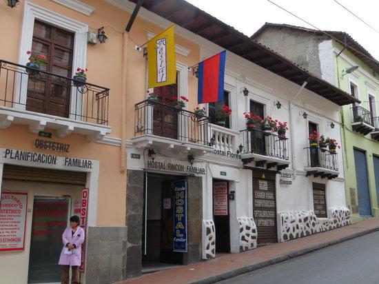 Rincon Familiar Hostel Boutique.: Street view