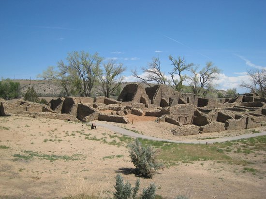 Hampton Inn & Suites Farmington: Ancient pueblo ruins in Aztec NM