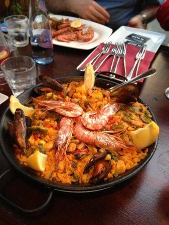 El Patio: Seafood Paella