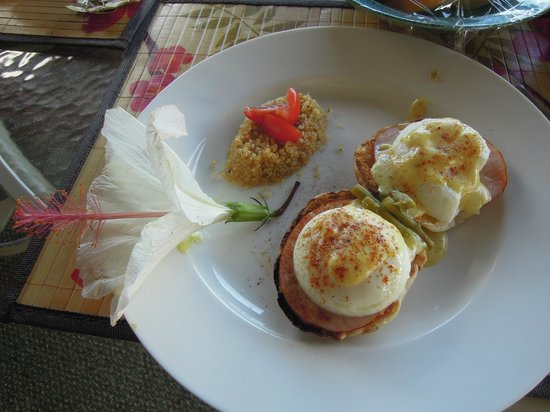 Marjorie's Kauai Inn: Breakfast