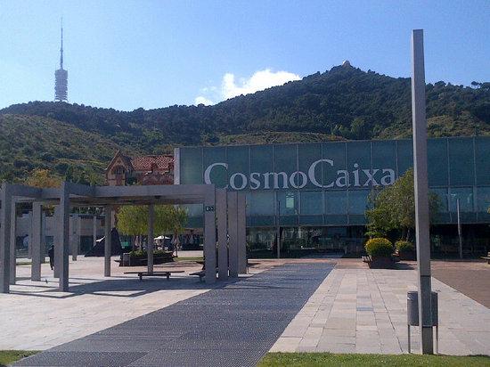 Patio de la Ciencia - Picture of CosmoCaixa Barcelona, Barcelona ...