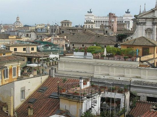 Colonna Palace Hotel: Вид из кафе на крыше отеля