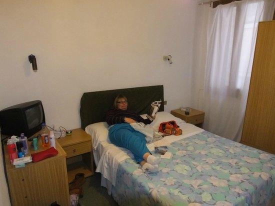 Hotel Astoria -TEMPORARILY CLOSED : Comfortable..