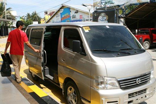 Shangri-La's Boracay Resort & Spa: van from the airport