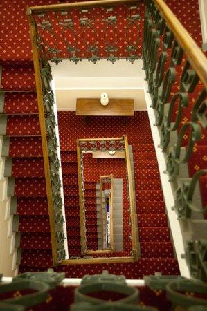 Hotel Firenze e Continentale La Spezia: Hotel Stairs