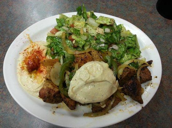 Mediterranean Grill & Cafe: Delicious!