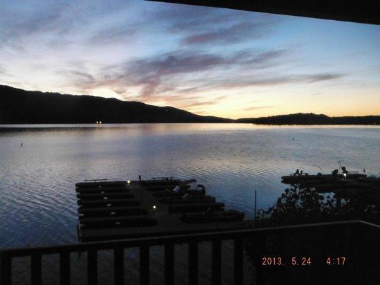 Lagonita Lodge: view at 5:45am
