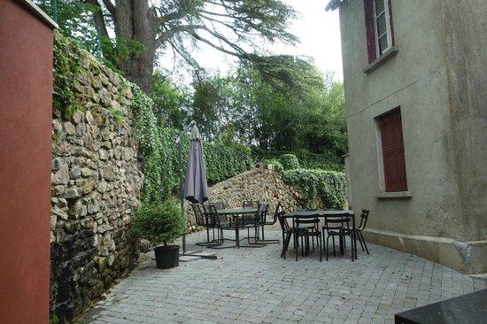 Castel des Cèdres : Garten