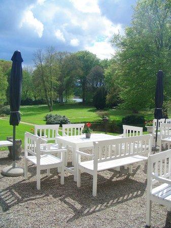 Hindsgavl Slot: One of several delightful terraces