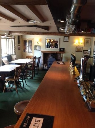 The Three Horseshoes Inn : Add a caption