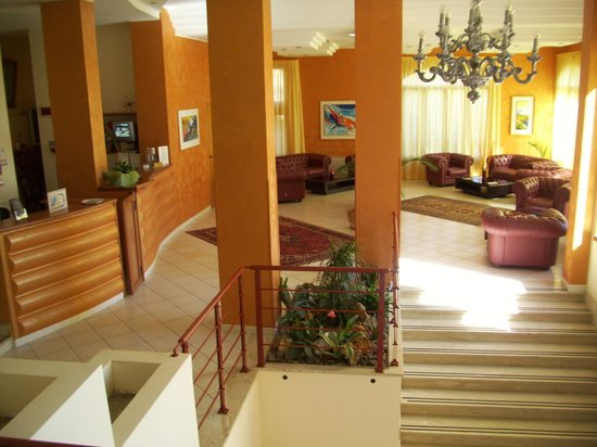 Panoramic Hotel: Hall