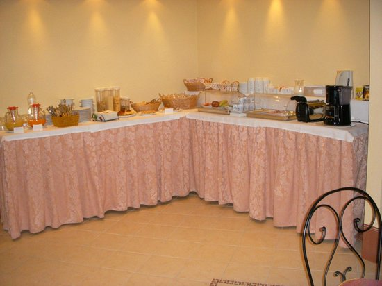 Antica Residenza Cicogna: Breakfast buffet