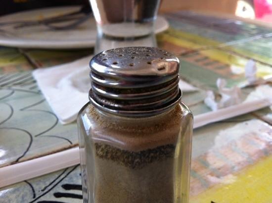 Das Pastellhaus: Dirty pepper shaker