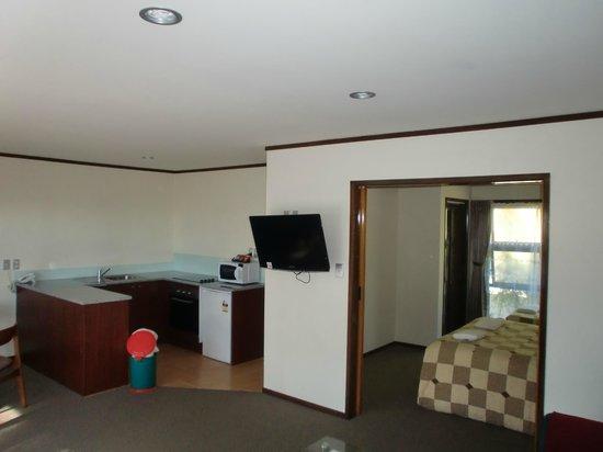 Half Moon Bay Marina Motel: Deluxe one bedroom