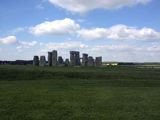 Londonna Tour Guide: weather was perfect, I think Donna planes that also