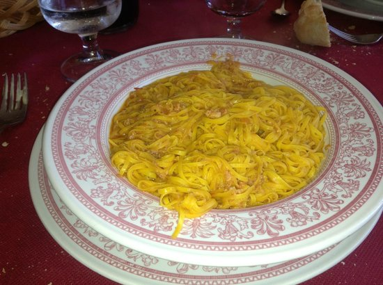 Il Monarca: One of the homemade pasta's. The yellow color comes from the yolk of the egg.