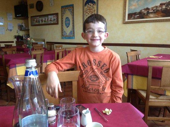 Il Monarca: The owner's son. Adorable.
