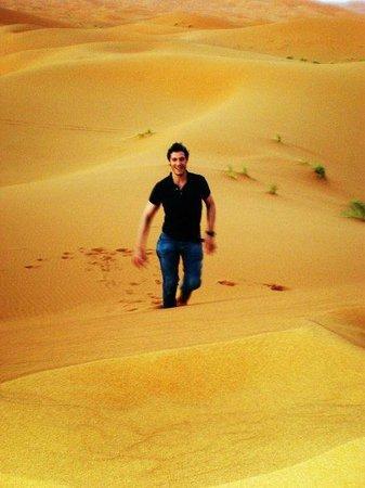 Dar El Janoub: Nas dunas!