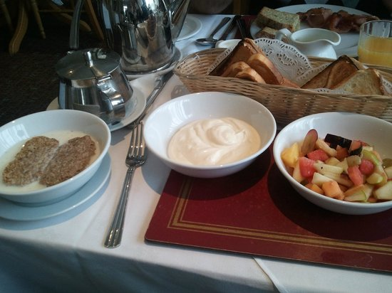 Flannery's Hotel Galway : Breakfast