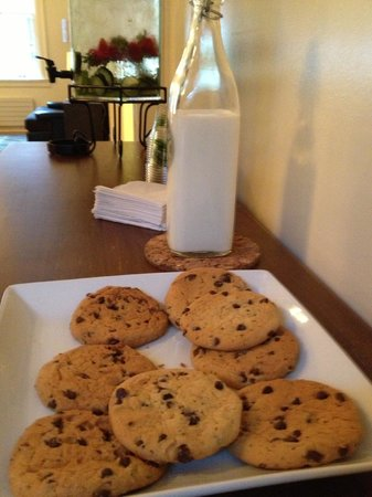 Inn at the Presidio: cookies and milk in the afternoon
