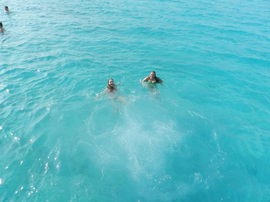 Klein (Little) Curacao: swimming in the wonderful water