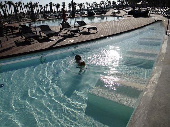 Vidamar Resort Algarve : Zona do bar da piscina (ainda fechado)