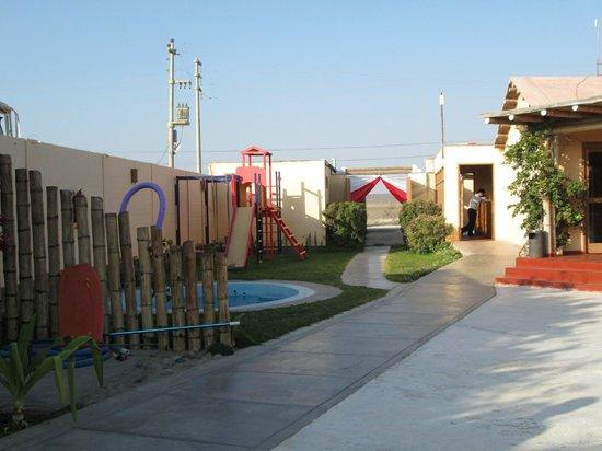 El Condor Club & Beach Resort: pisina para niños