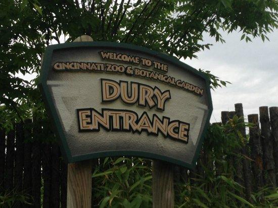 We Parked In The Lot On This Street Picture Of Cincinnati Zoo Botanical Garden Cincinnati