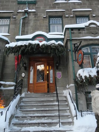 Hotel Chateau Bellevue: Entrada do Hotel