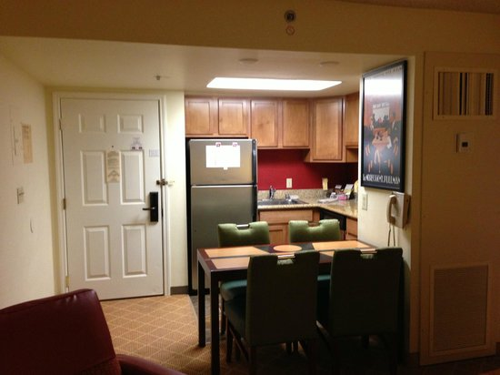 Residence Inn Seattle Downtown/Lake Union: 2 bedroom / 2 bathroom suite
