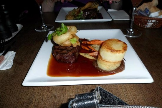 Apropos - Cafe & Restaurant : Filet - very good!!