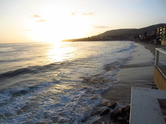 Pacific Edge Hotel on Laguna Beach: Sunset view from room 126's balcony