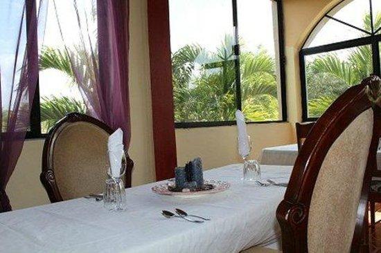 Arch Seafood Restaurant : Beautiful setting