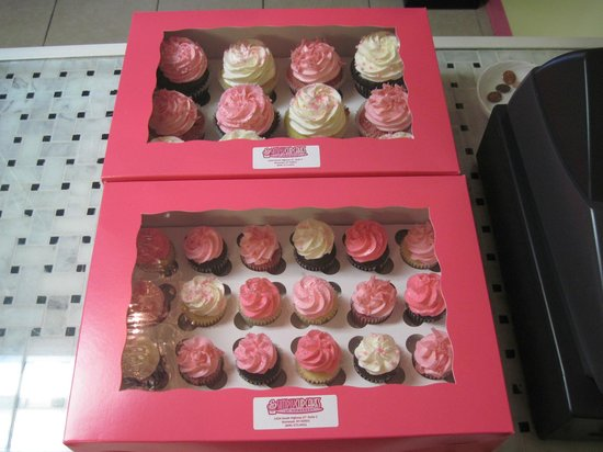 simply cupcakes bridal shower cupcakes
