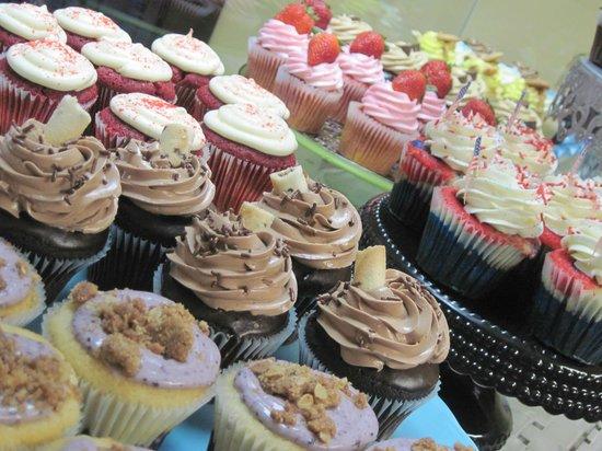 Simply Cupcakes: YUM!