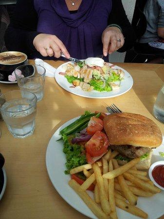 Mokaba Cafe: Yumm...