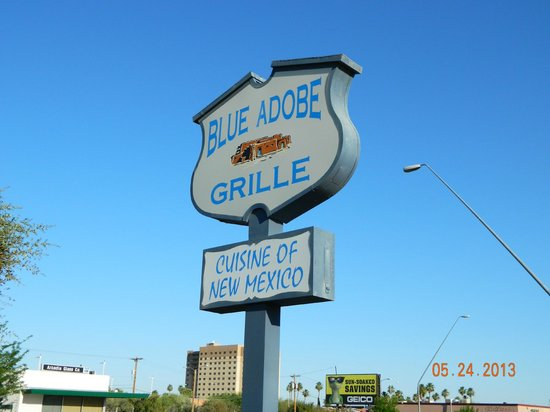 Blue Adobe Sante Fe Grille : Street Sign