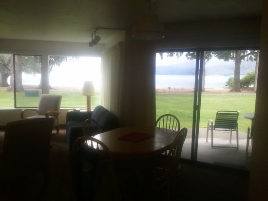 Wapato Point Resort: inside